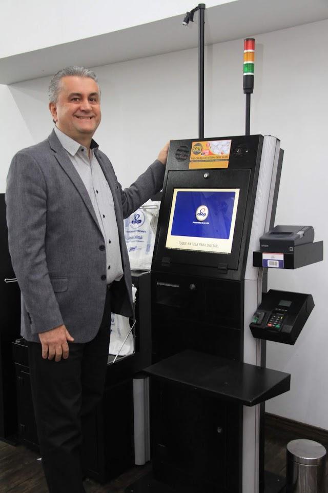 Coop anuncia que dobrará máquinas de autoatendimento em sua rede