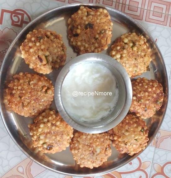शाबुदाणा वडा पाककृती मराठीमधे | Shabudana Vada recipe in marathi