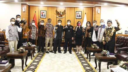 DPD RI Kaji Aduan Aliansi GERAK Tutup TPL Sumut