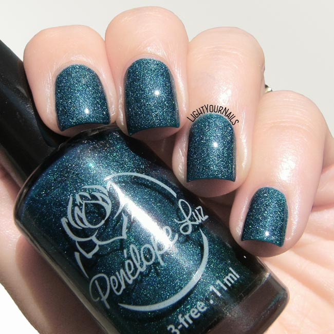 Smalto Penelope Luz Cicuta indie nail polish