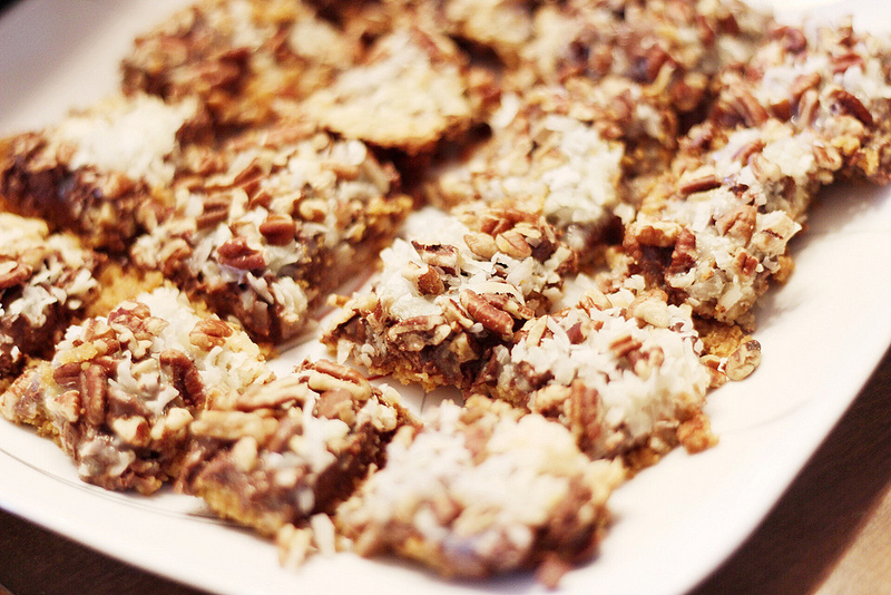 Cookie Exchange // chocolate cherry shortbread {recipe}