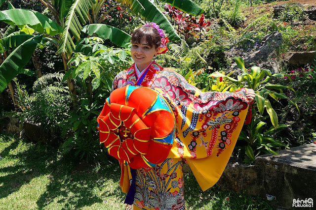 外国人ブロガー 沖縄の着物体験、宮古島