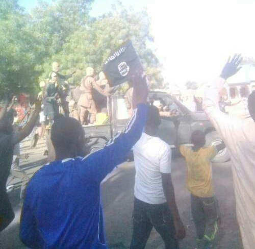 boko-haram-receive-heroic-welcome-as-they-return-dapchi-abducted-schoolgirls