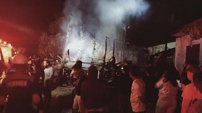 Rumah Panggung Milik Boru Siagian di Toba Hangus Terbakar