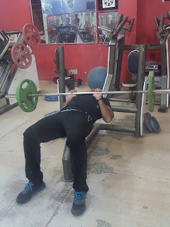 Close Grip Triceps Bench Press