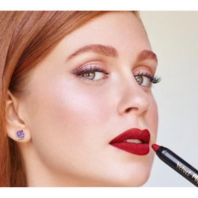 Marina Ruy Barbosa de batom vermelho | maquiagem para o dia