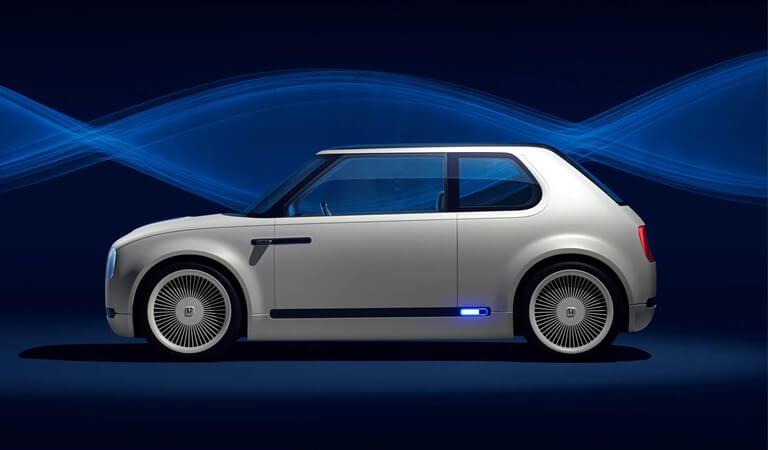 Honda Urban EV Concept Combines Retro Look and Modern Technology