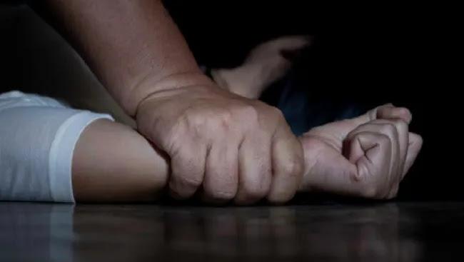Βούλα: Τράβηξε βίντεο τον μελαμψό εισαγόμενο άνδρα που προσπάθησε να την βιάσει!