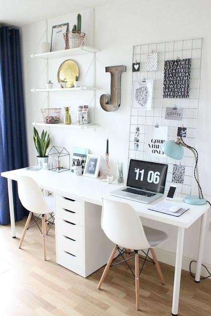Home office pequeno para duas pessoas