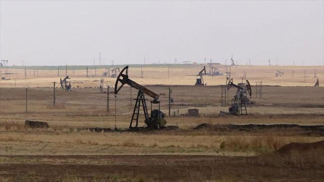 """Siria: EEUU busca """"llenar sus bolsillos"""" con petróleo de O. Medio"""