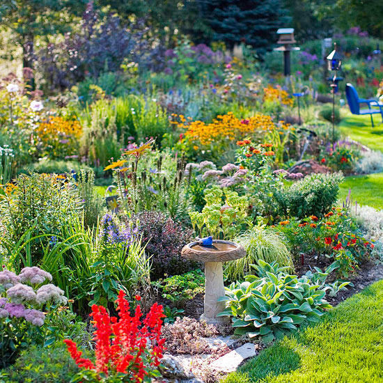 Use these 10 private landscaping principles to make your private garden more meaningful and interesting