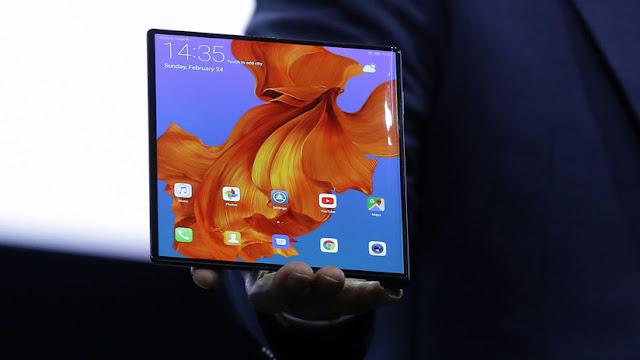 Huawei presenta el Mate X plegable y con conexión 5G para competir con el Galaxy Fold de Samsung