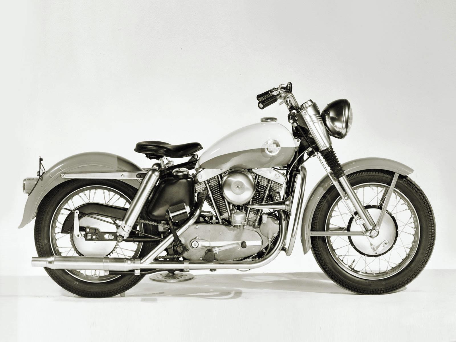 Harley Davidson: 1957 Harley-Davidson XL Sportster Pictures. Accident