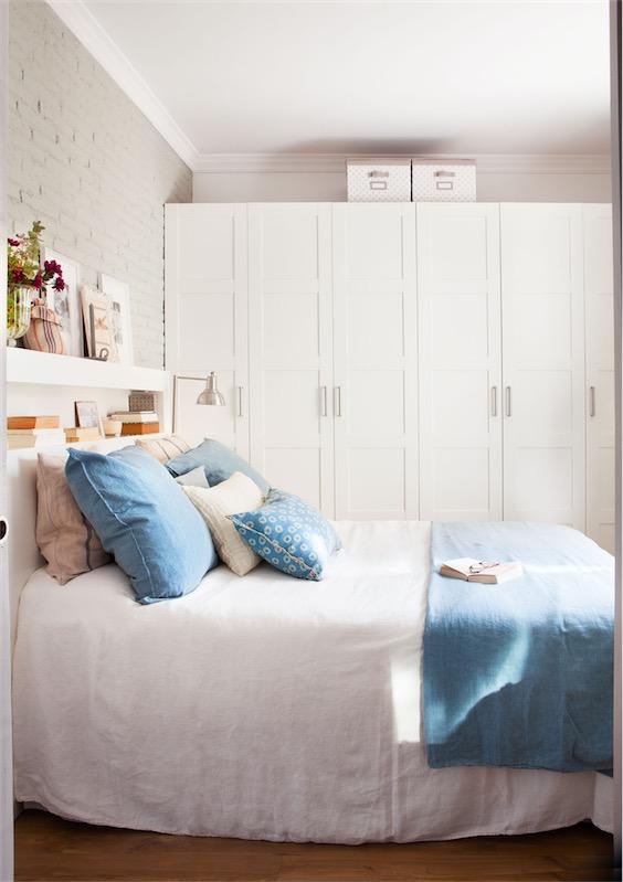 Un interior en blanco para un piso barcelonés chicanddeco
