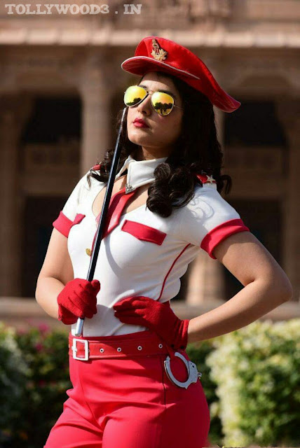 Rashi Khanna Skin Tight Red and White Stylish Hot Dress HD Photos