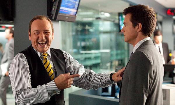 Dave Harken (Kevin Spacey) taunts his subordinate, Nick Hendricks (Jason Bateman), in HORRIBLE BOSSES.