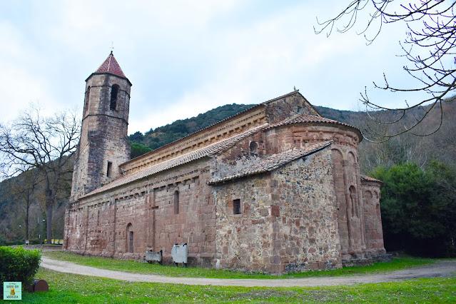 Monasterio benedictino de Sant Joan les Fonts, La Garrotxa