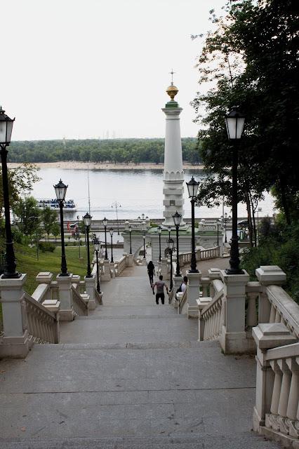 Лестница к месту Крещения Руси