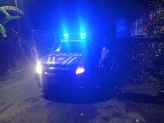 Tingkatkan Keamanan Anggota Polsek Alla Polres Enrekang Melaksanakan Giat Patroli Malam