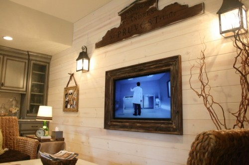 Here Is A Link To Vintage Wood Frame Around That Wall Hung T V I Love This Look And It Very Easy Do