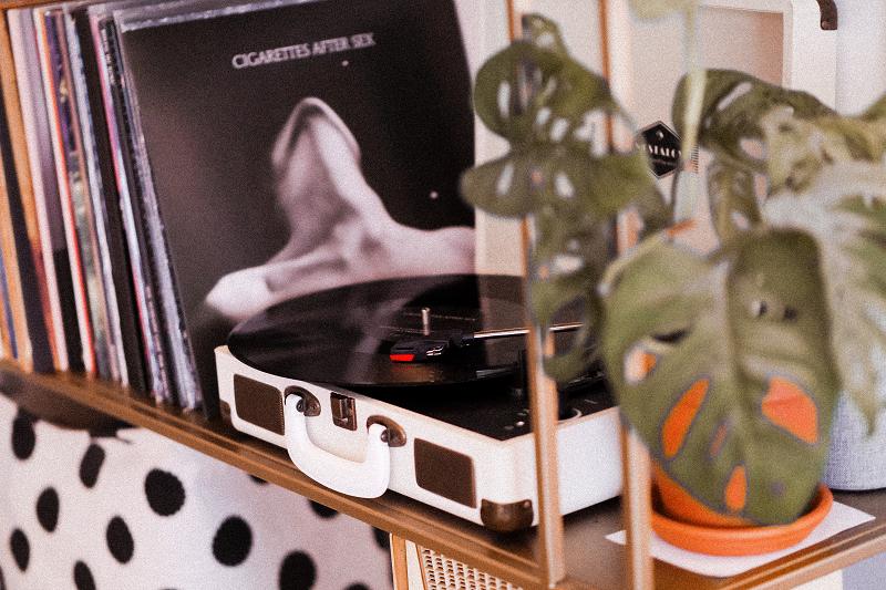 Playlist : 4 albums à écouter lorsqu'on est confiné chez soi