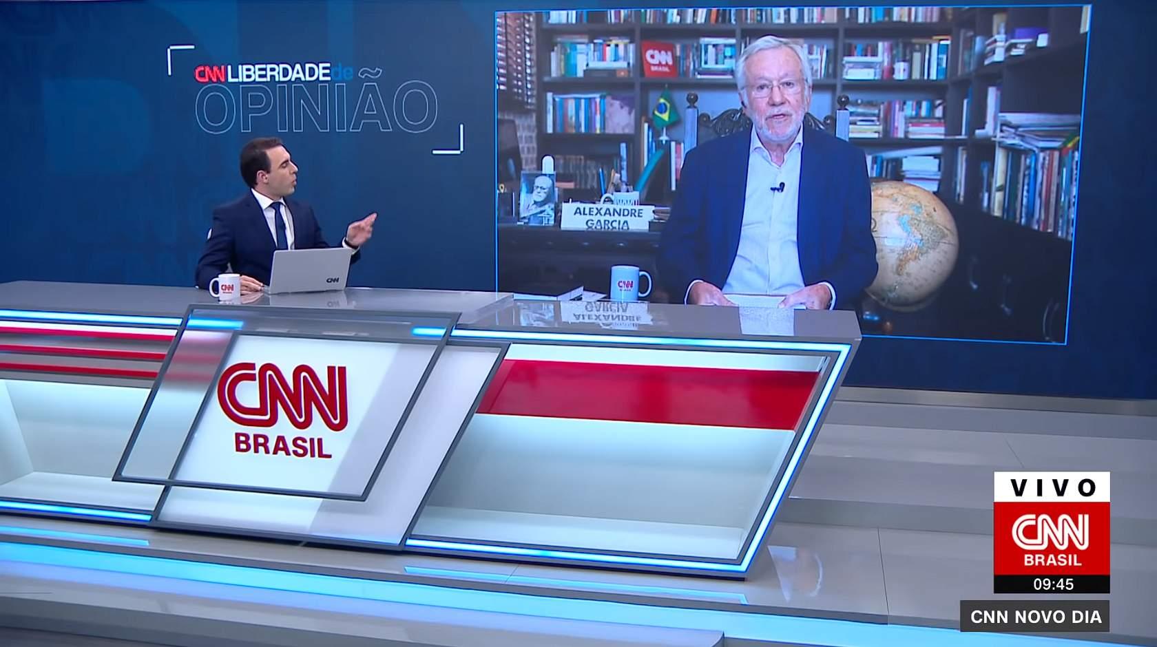 Alexandre Garcia na CNN Brasil (Foto: Reprodução/CNN Brasil) Alexandre-Garcia-ameaca-sair-da-CNN-Brasil