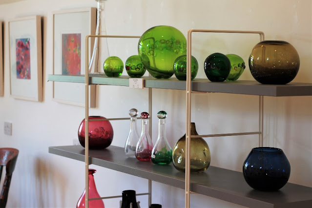 Jerpoint Glass Shelf with Ornaments