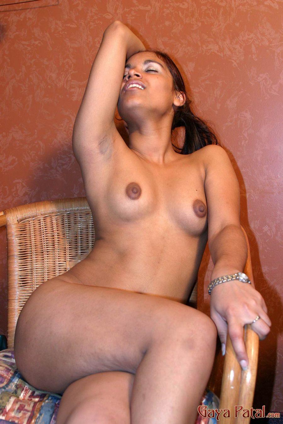 Desi Girls Fingering Pics