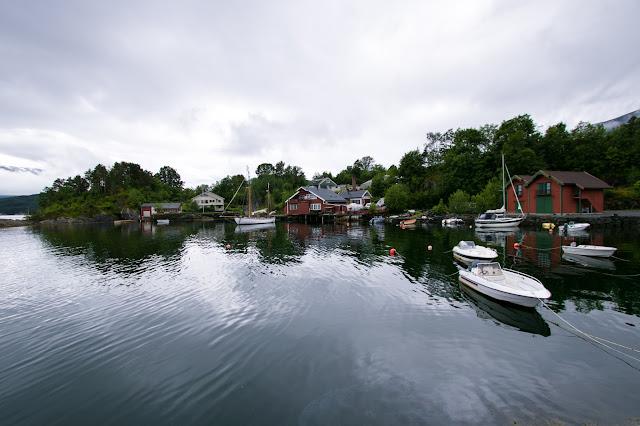 Traghetto da Torvikbygd a Jondal
