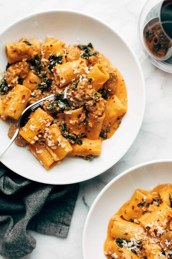 date night rigatoni with sausage and kale #recipes #dinnerideas #easydinnerideas #easysaturdaydinnerideas #food #foodporn #healthy #yummy #instafood #foodie #delicious #dinner #breakfast #dessert #lunch #vegan #cake #eatclean #homemade #diet #healthyfood #cleaneating #foodstagram