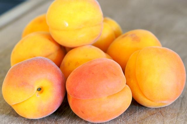 yang kita konsumsi maka semakin tinggi daya tahan kita Buah Vitamin A