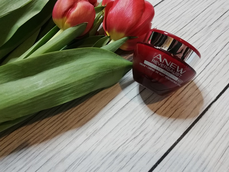 Avon Anew Reversalist Complete Renewal Night