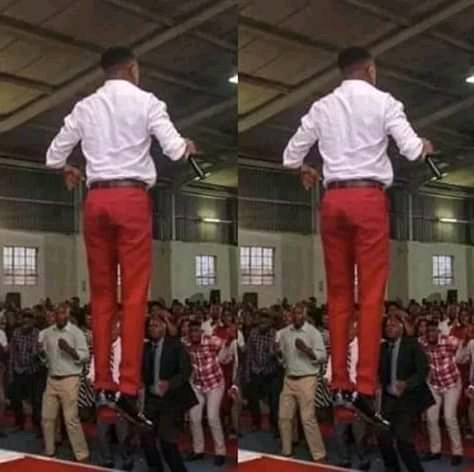 A Malawian Prophet breaks Jesus' record by walking on air during church service. Read people's Reactions