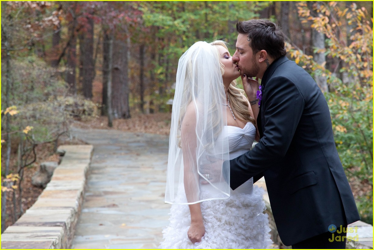 red carpet wedding tiffany thornton and christopher