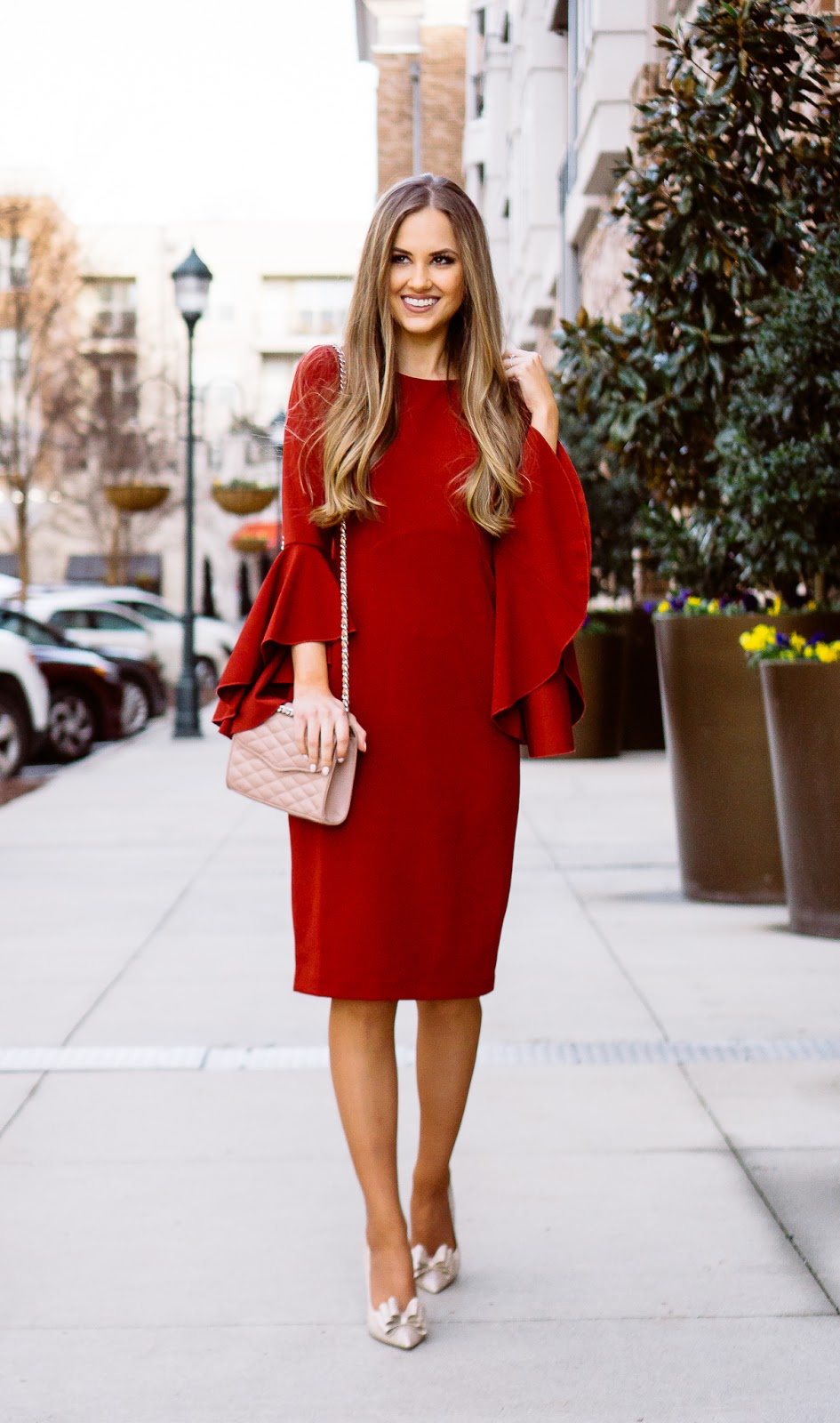 valentines-day-outfits-for-the-classy-lady