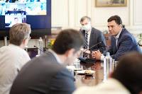 Έκτακτη σύσκεψη Β. Κικίλια με επιτροπή λοιμωξιολόγων τη Δευτέρα