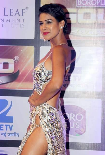Nia Sharma hot photos in silver gown, TV actress sexy back, Jamai Raja actress hot pics