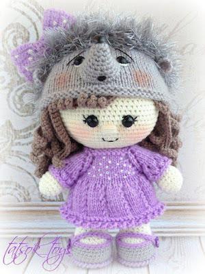 Кукла в костюме ежика