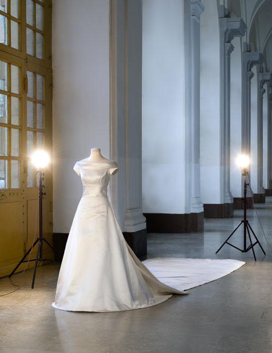 Queens of England: Royal Wedding Dresses: Crown Princess Victoria of ...