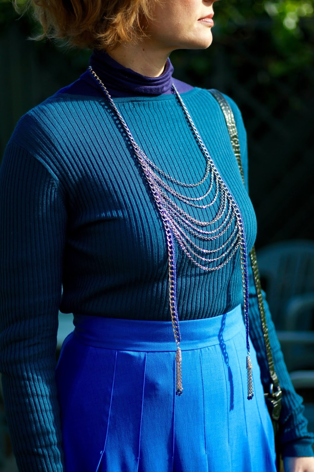 Blues and greens | Autumn Outfit | Midi Skirt restyle | Fake Fabulous