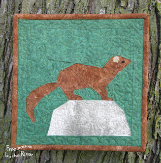 Freemotion quilted paper pieced animal