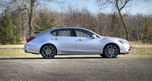 2018 Acura RLX Sport Hybrid SH-AWD Review