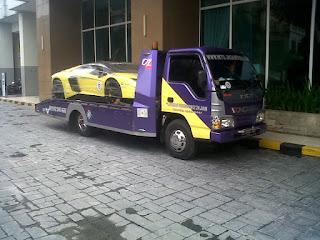 Biaya pengiriman mobil dari jakarta ke surabaya dengan towing