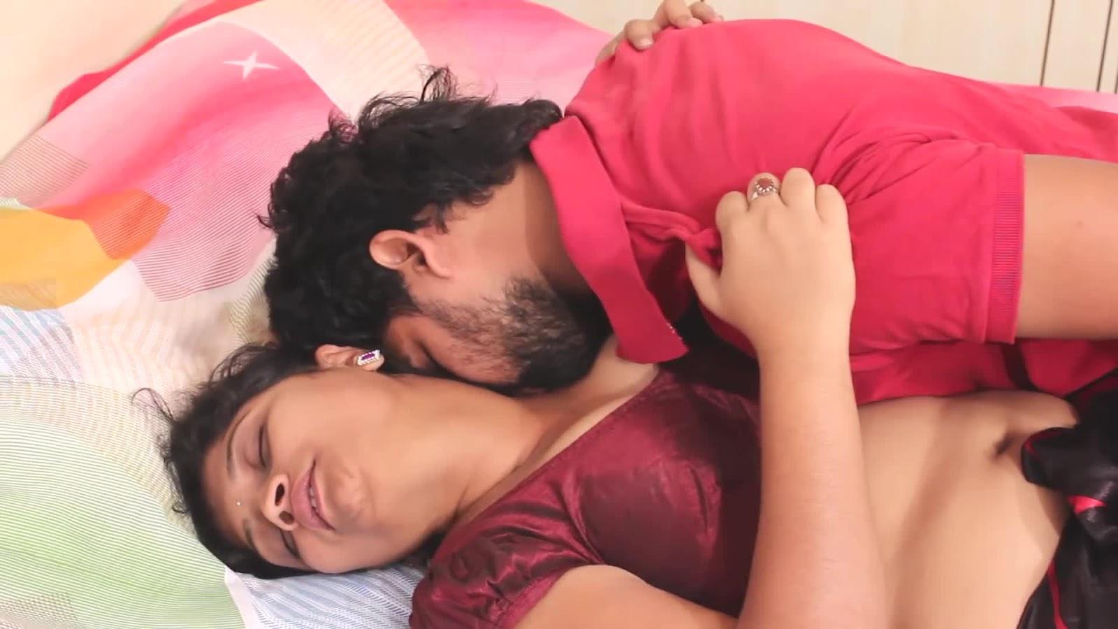 Indian Aunty Hot Romance