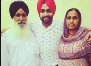 Ammy Virk with family