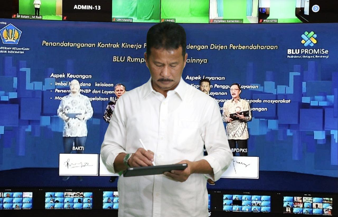 Kepala BP Batam Tandatangani KPI Dalam Rakor BLU 2021
