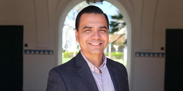Dr. Alejandro Gonzalez Ojeda
