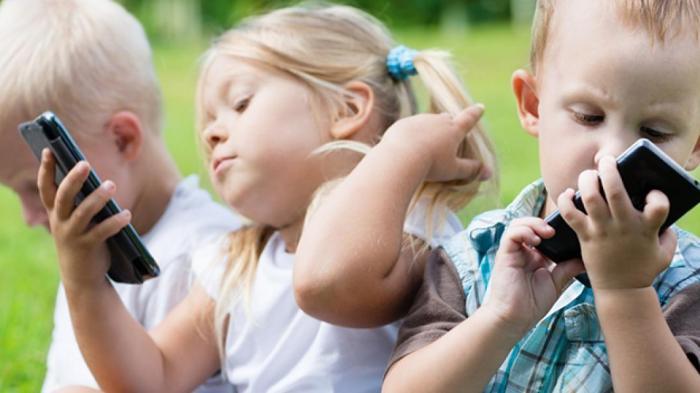 Dampak Buruk Gadget Terhadap Psikologis Anak