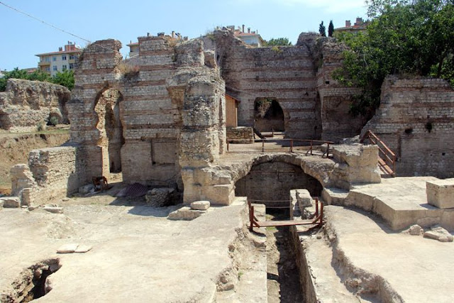 Roman-era baths, mosaics unearthed in Turkey's north