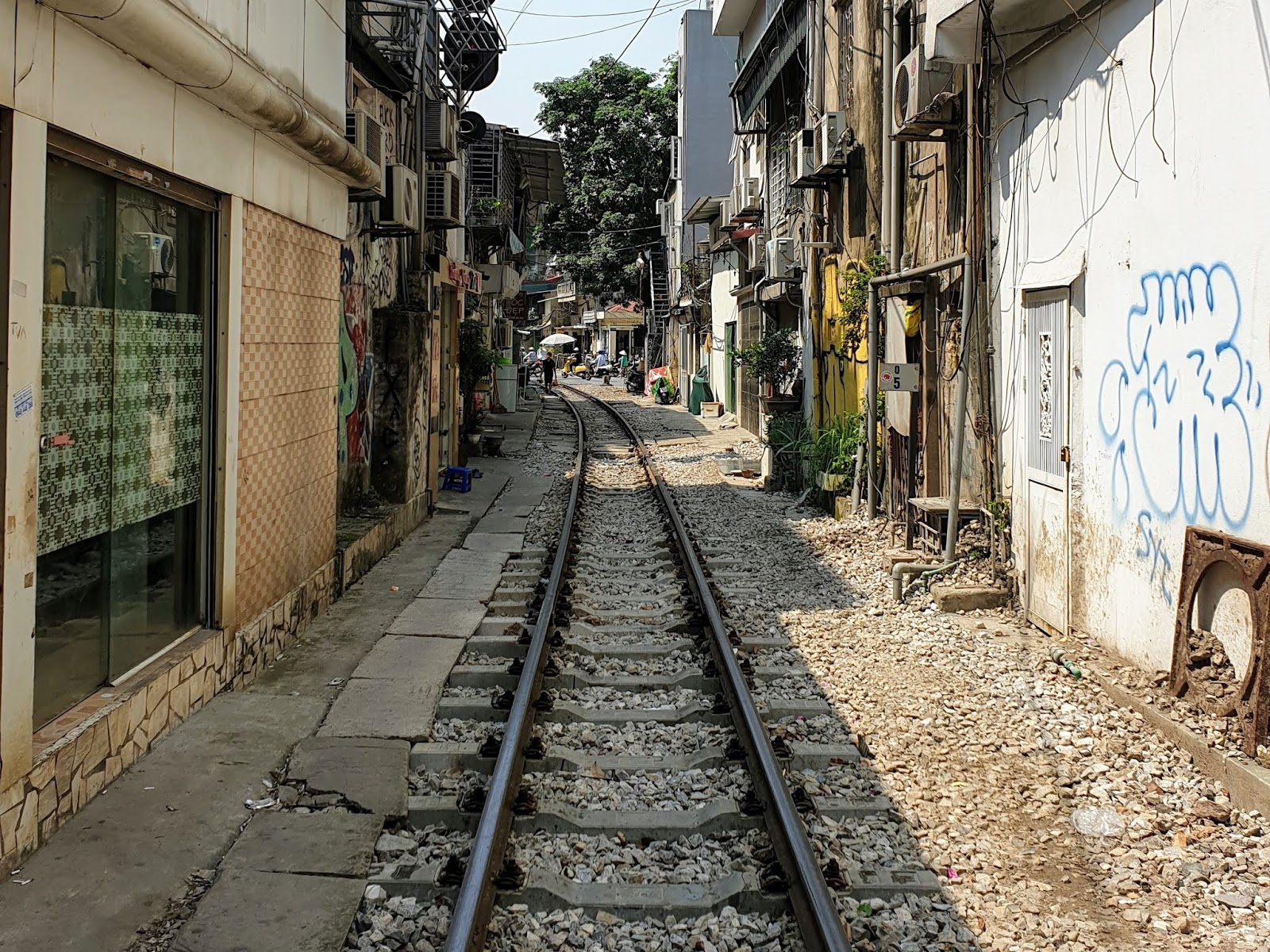 Vietnam: The sleeper train, and a day in Hue